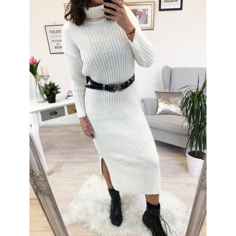 ... Dlouhé svetrové šaty s rolákem krémové ... 2b4937b1ab0